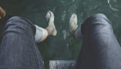 wears stone island jeans